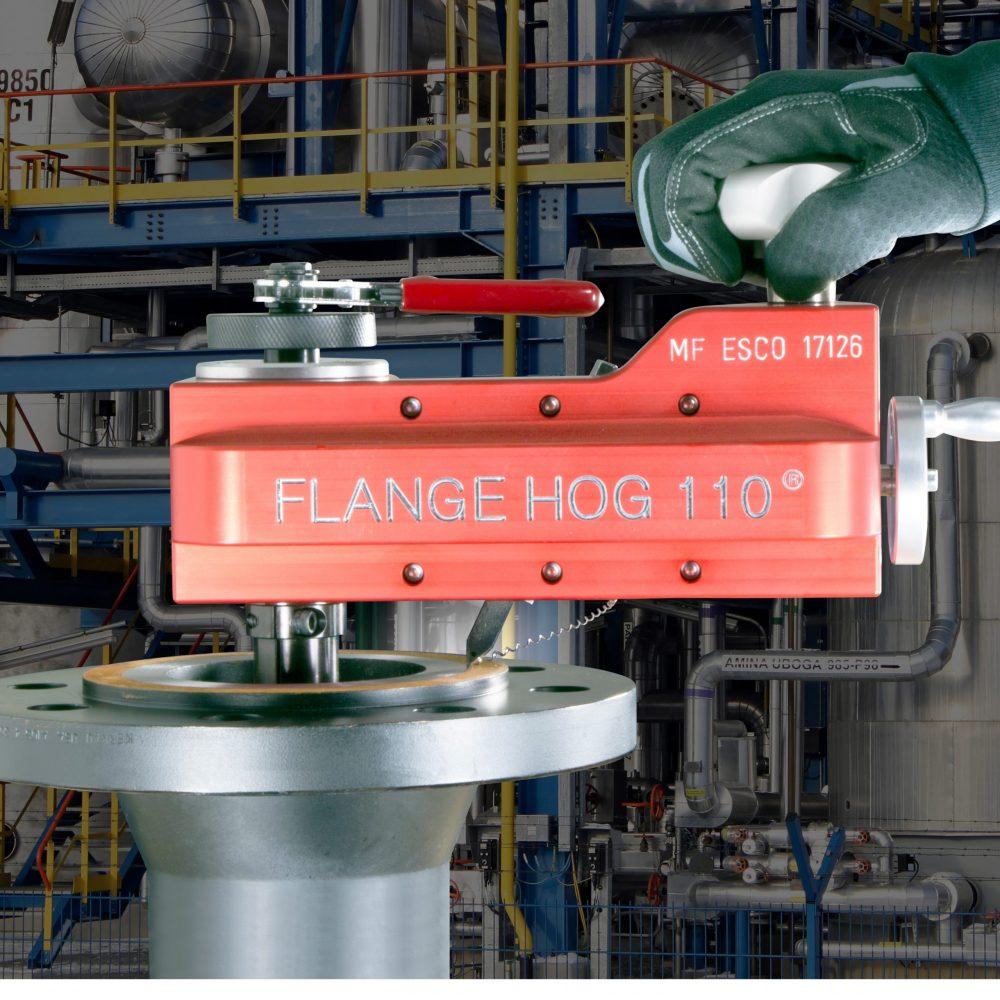 Esco Flange-Hog-In-Action